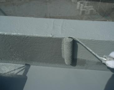 防水施工中:ウレタン防水2層目