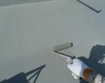 防水施工中:弾性ウレタントップコート